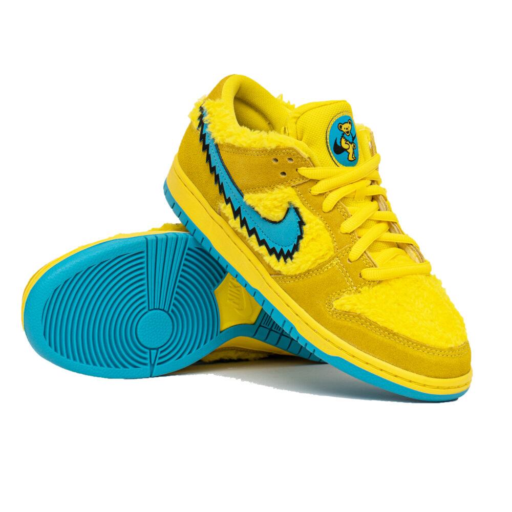 Nike Dunk Low x Grateful Dead